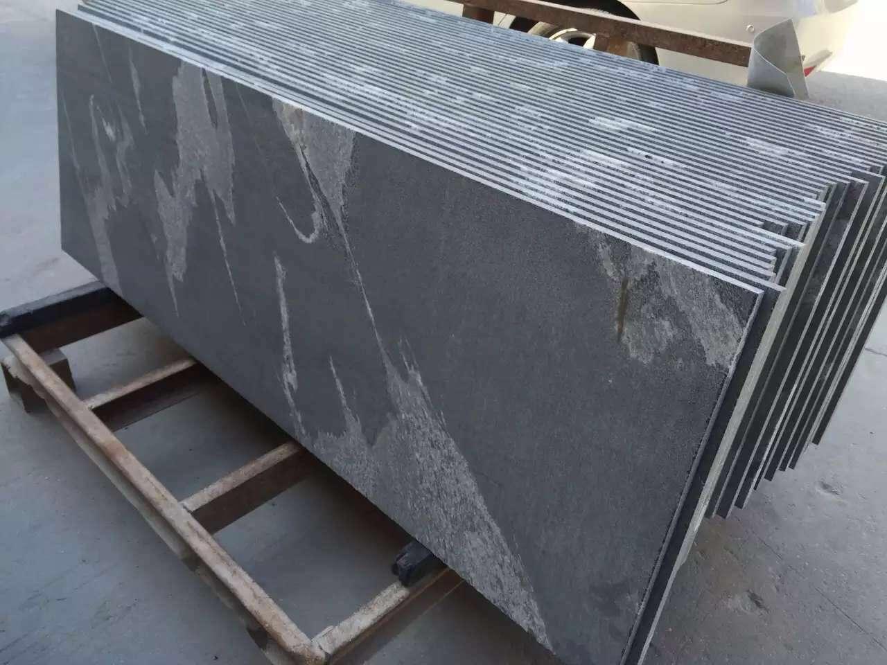 Virginia Mist Granite (8)